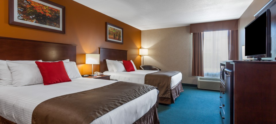2-double-beds-room.1